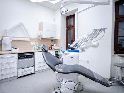 Hledáme kolegu/kolegyni zubaře