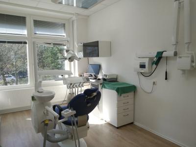 Přijmeme zubního lékaře
