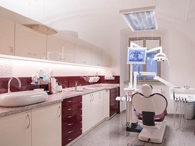 Hledáme dentální hygienistku (hygienistu)